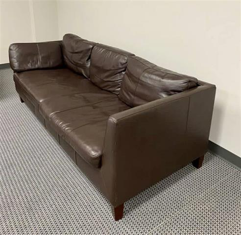 $850 : Real leather couches image 1