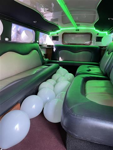 Limo Hummer & Party bus image 3