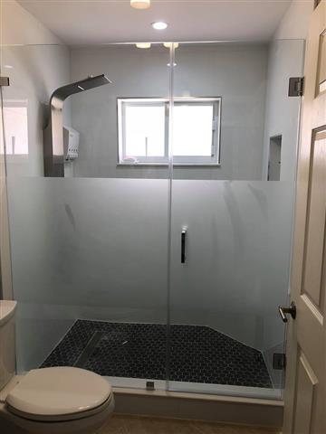 Yordi shower glass & Mirror image 5