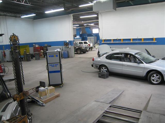 Newark Autobody image 4