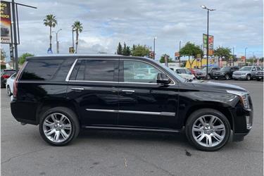 2016 Cadillac Escalade Premium en Los Angeles