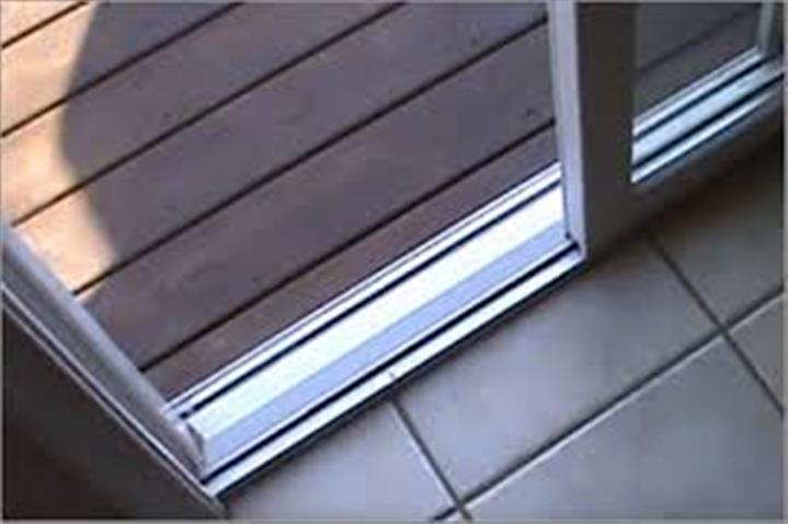 Reparacion de ventanas puertas image 2