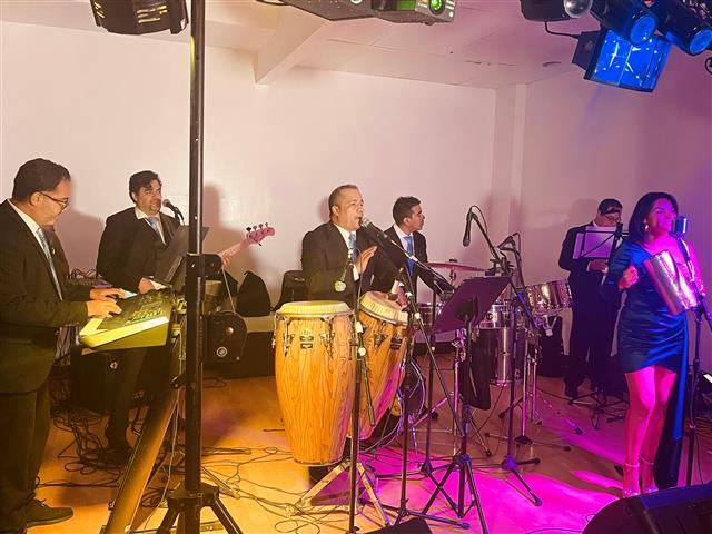 Milanés Brothers Latin Band image 4