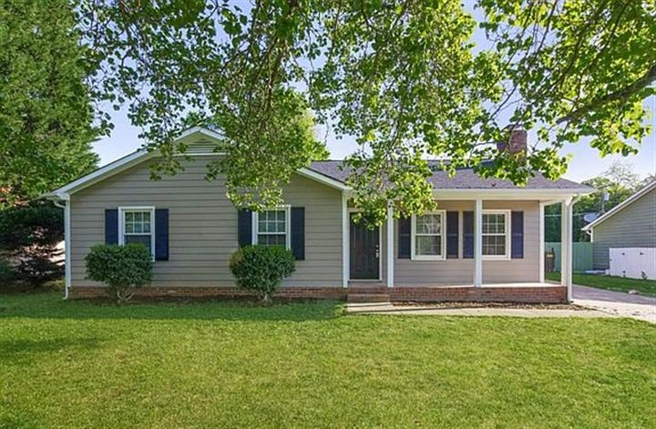 $900 : House for rent!! image 4
