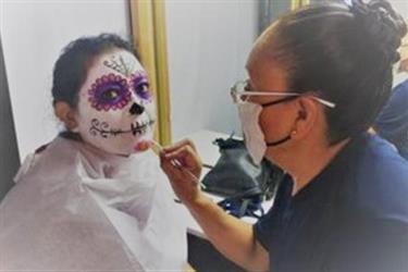 maquillaje para pintacaritas en Los Angeles