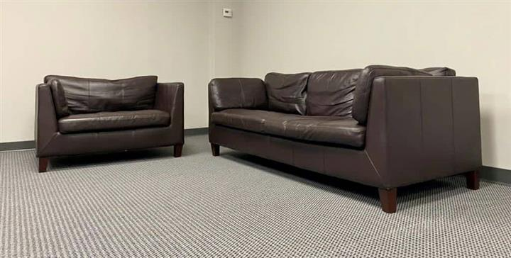$850 : Real leather couches image 3