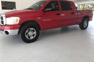 2006 Dodge RAM 1500 MegaCAB en Los Angeles