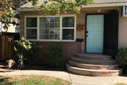 Newly painted two bedroom en Sacramento County