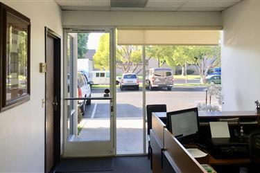 oficinas en San Ysidro ca usa en Los Angeles County
