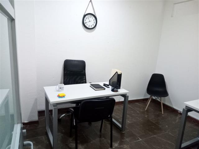 $4500 : Oficina amueblada en Querétaro image 4