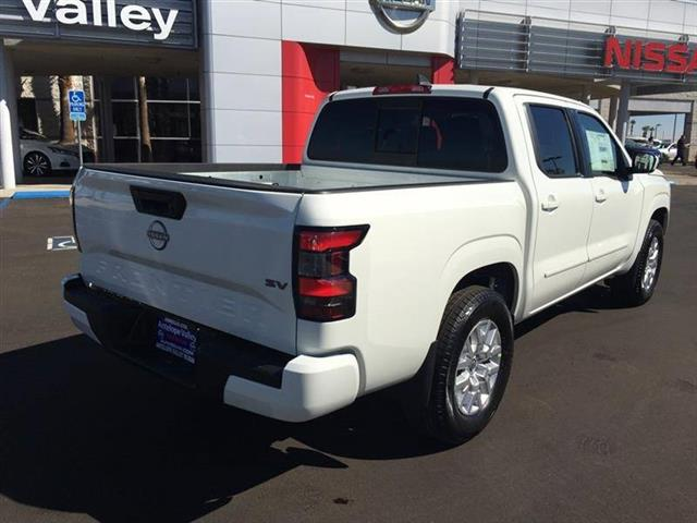 $33685 : 2022 Nissan Frontier SV image 7
