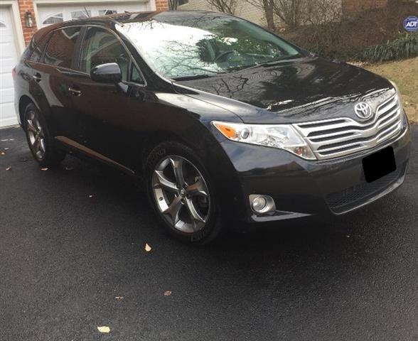 $8000 : 2011 Toyota Venza XLE Wagon 4D image 1