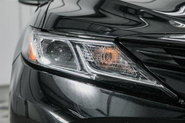 $20999 : 2018 Toyota Camry LE image 10