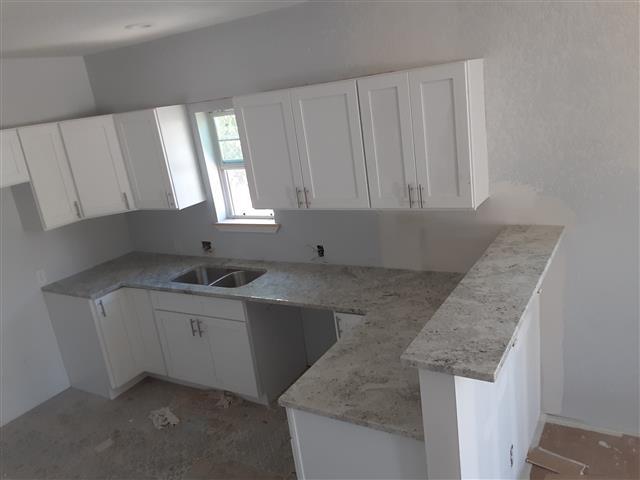 LR Granite & Quartz image 5