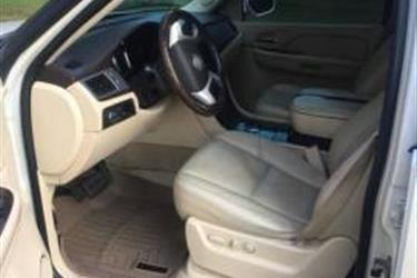 2008 CADILLAC ESCALADE ESV en Los Angeles