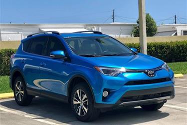 2017 Toyota RAV4 XLE SUV en Los Angeles County