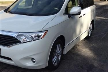 --2015 NISSAN QUEST SL-- en Los Angeles