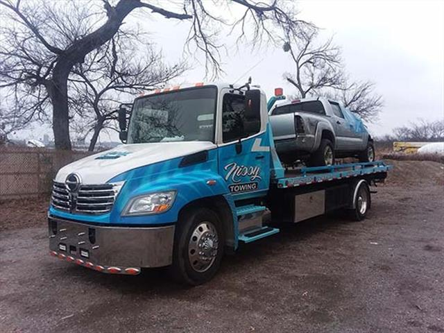Nissi Towing image 3