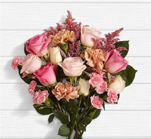 Nenas Florist image 8