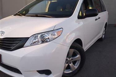 2017 Toyota Sienna L Minivan en Los Angeles
