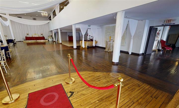Pelezzio Reception Venue image 4