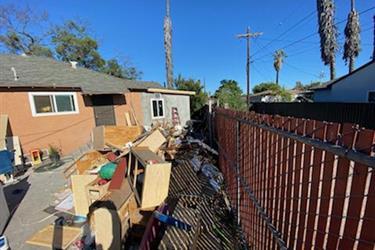 Limpiamos y recogemos basura en Los Angeles