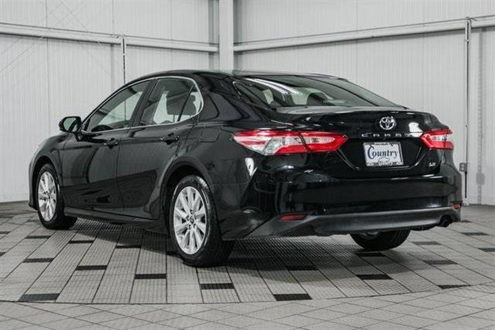 $20999 : 2018 Toyota Camry LE image 6