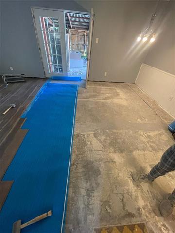 R&R Serrano Flooring image 1