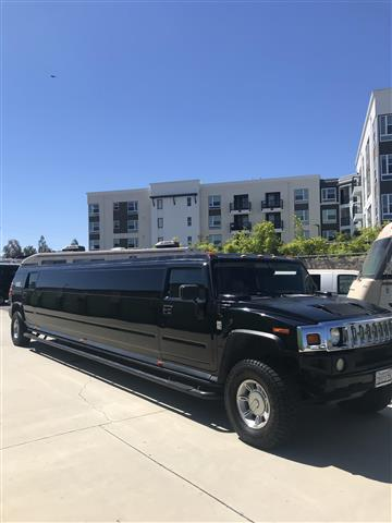 Hummer party bus Escalade $95h image 4