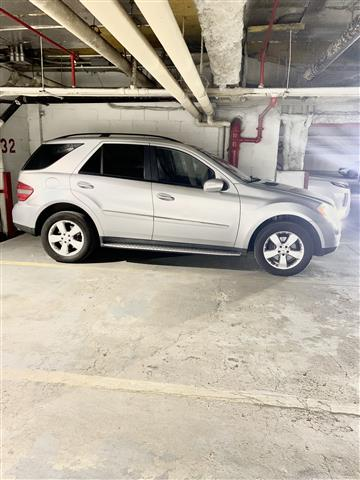 $7800 : For Sale Mercedes ML500 4matic image 2