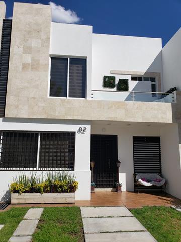 $1750000 : Se vende casa en Irapuato Gto. image 1