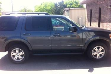2010 Ford Explorer XLT 4x4 en Los Angeles