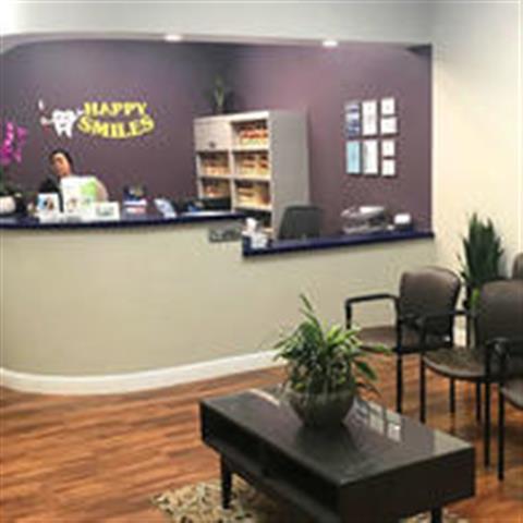 Happy Smiles Dental Clinic image 3