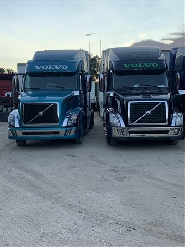 Drivers CDL A image 4
