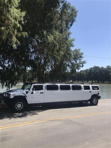 Hummer party bus Escalade $95h image 1