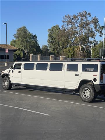 Limo Hummer Escalade 3BBB image 4
