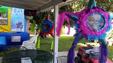 piñatas y manteles gratis. image 3