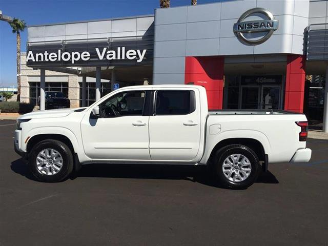 $33685 : 2022 Nissan Frontier SV image 4
