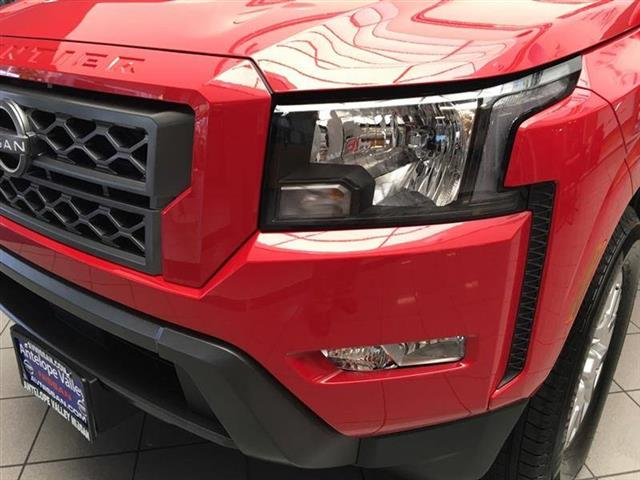 $36985 : 2022 Nissan Frontier SV image 10