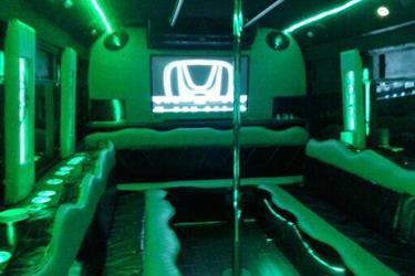 Party bus Hummer H2 en Orange County