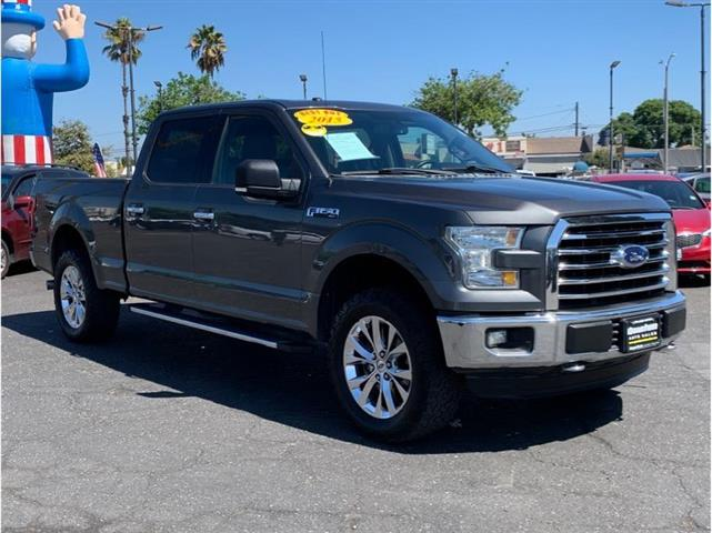 2015 Ford F150 SuperCre image 2