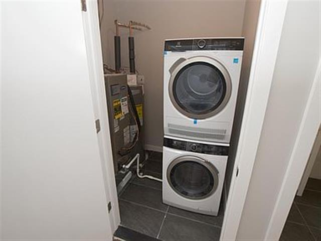 $1400 : Apartment for rent image 3