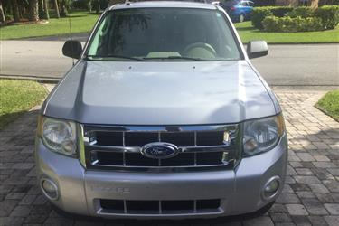 2011 Ford Escape XLT SUV en Los Angeles