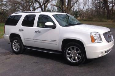 2011 GMC Yukon DENALI en Los Angeles