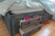$600 : Double bed thumbnail