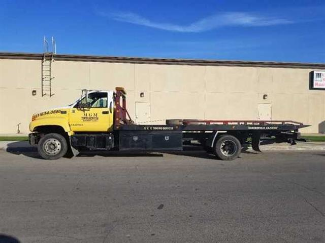 MGM Towing image 2