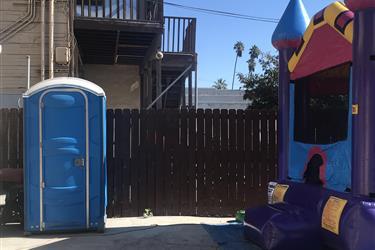 Decoración telas globos toro en Los Angeles