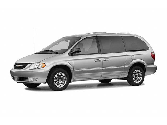 2004 Chrysler Town and Country image 1